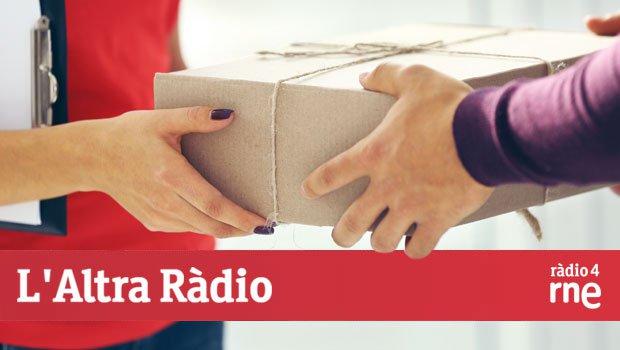 Desvetllem com rebre un paquet sense estar a casa a l'Altra Ràdio