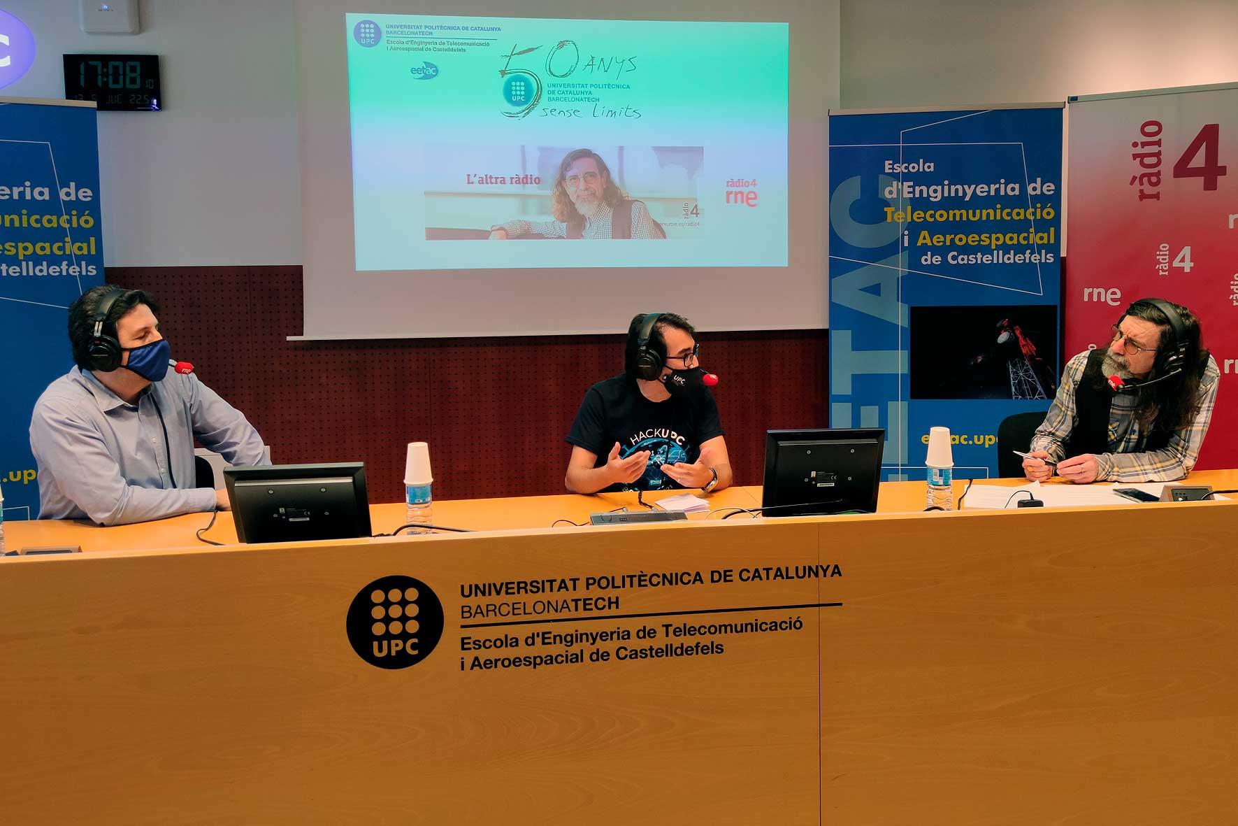 Hablamos de los problemas que genera la acumulación de satélites artificiales en el programa especial de L'Altra Ràdio #50anysUPC